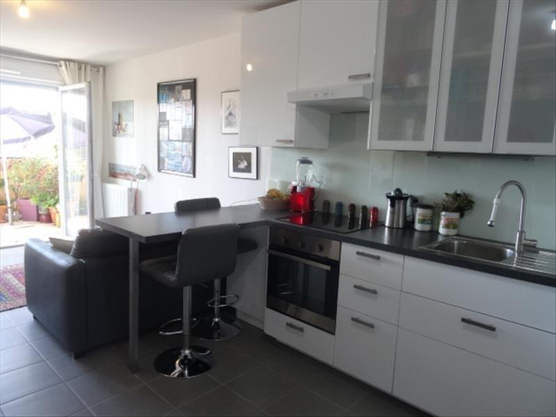 Sale apartment Rousset 182990€ - Picture 2