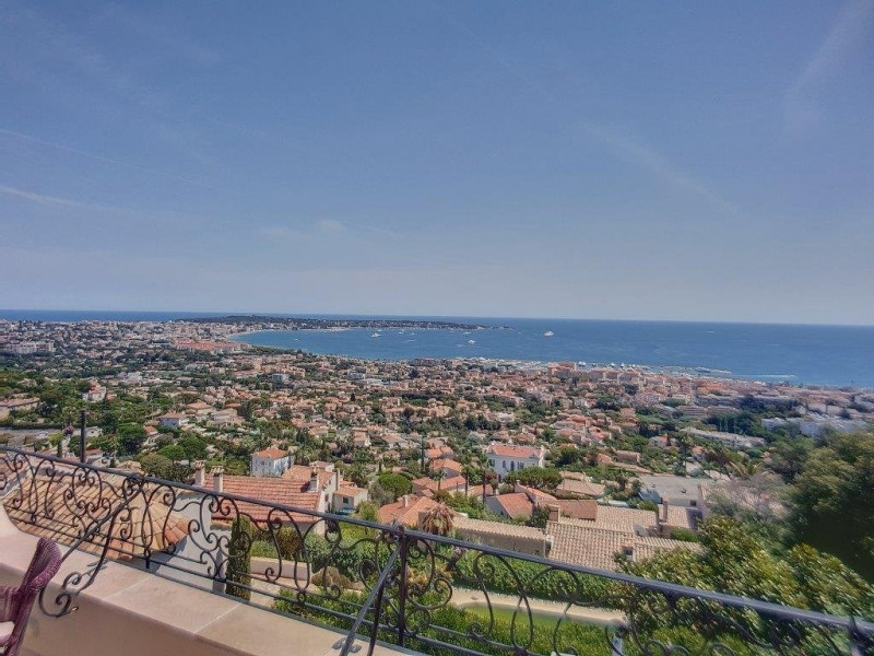 Vente de prestige maison / villa Golfe juan 2435000€ - Photo 1