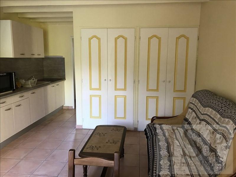 Location appartement Aix en provence 795€ CC - Photo 4