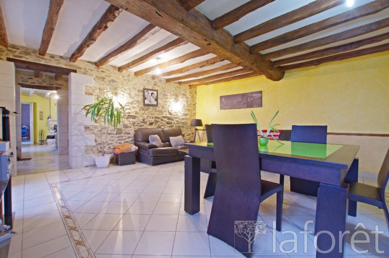 Sale house / villa Montilliers 357 000€ - Picture 3