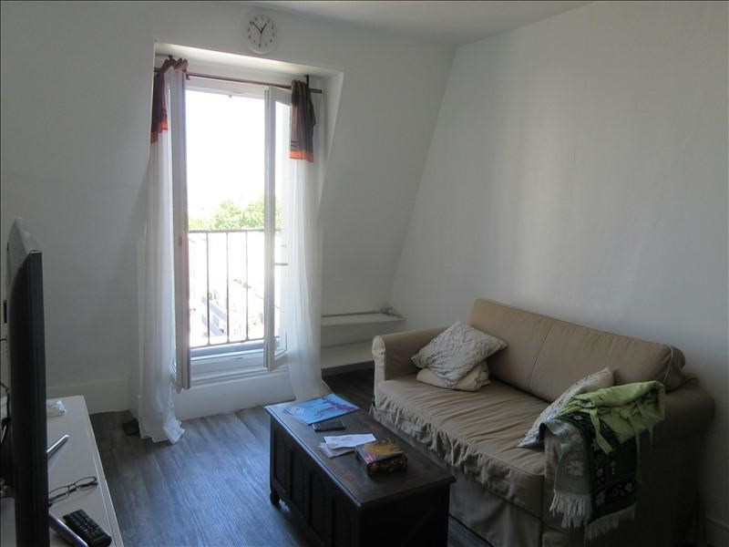Sale apartment Paris 20ème 195 000€ - Picture 1