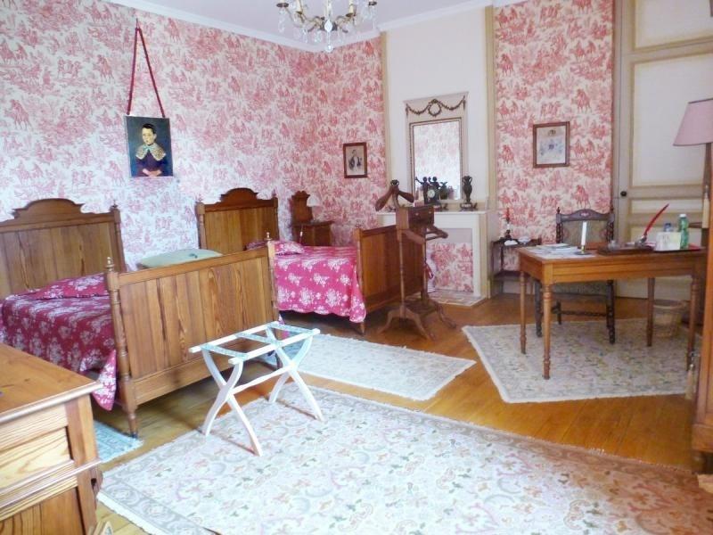 Deluxe sale house / villa Nontron 682500€ - Picture 8