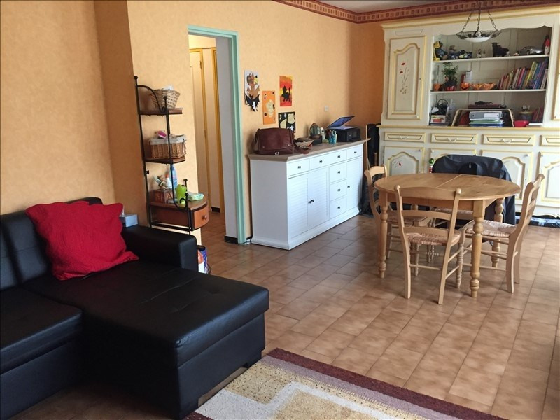 Sale apartment Salon de provence 111 000€ - Picture 2