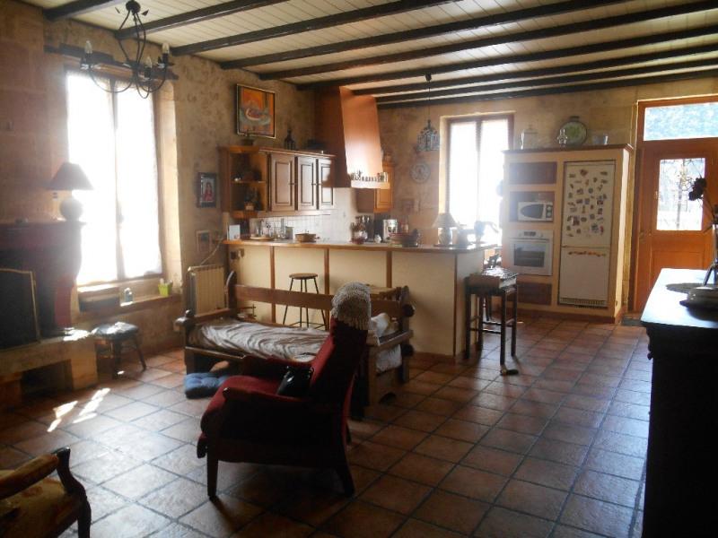 Sale house / villa Ayguemorte les graves 299000€ - Picture 2
