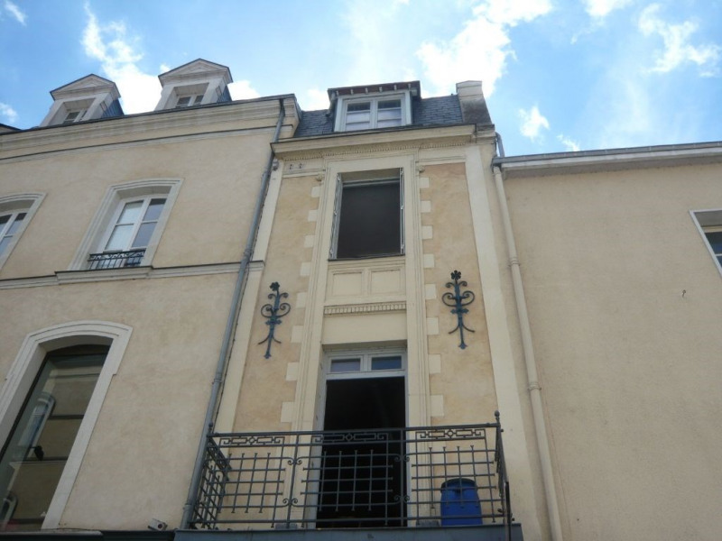 Investment property building Laval 149 000€ - Picture 1