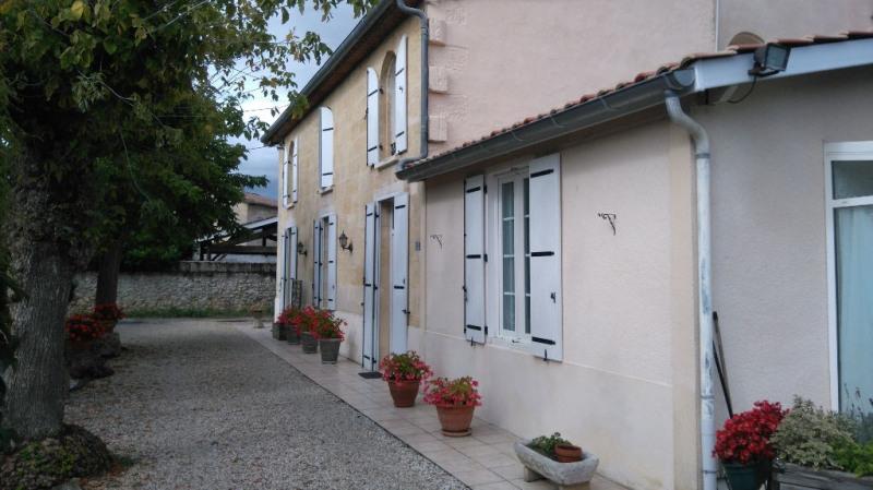 Vente maison / villa Portets 495000€ - Photo 2
