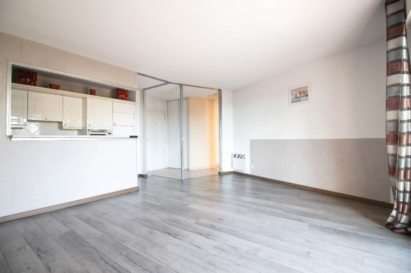 Sale apartment Nice 229 000€ - Picture 6