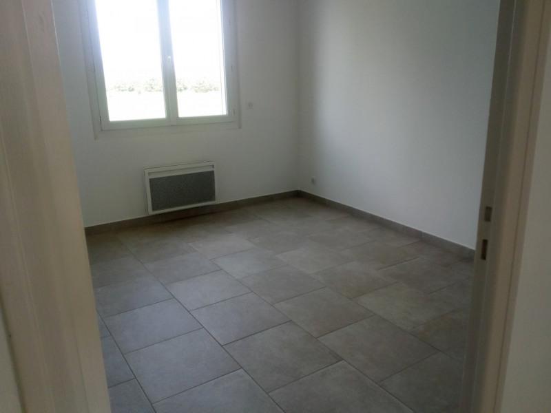 Location appartement Le puy-sainte-réparade 1100€ CC - Photo 5