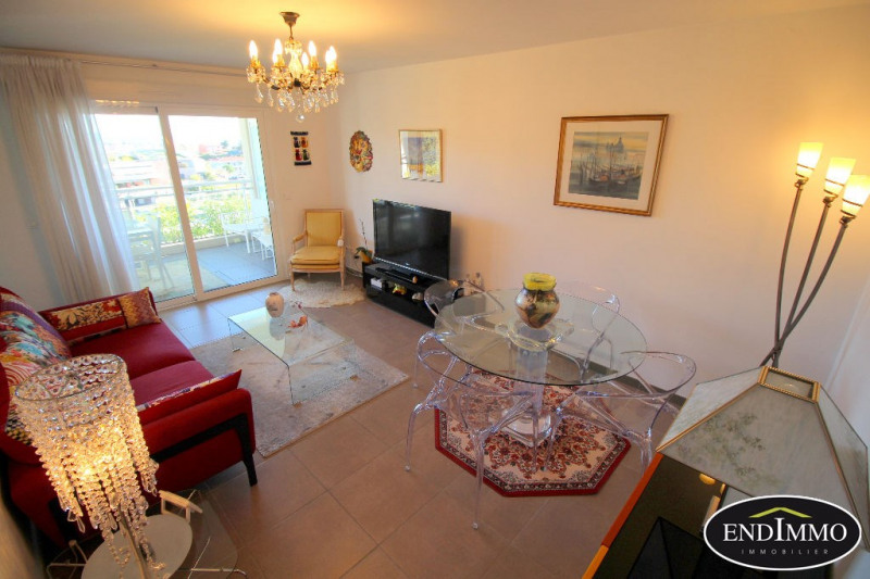 Sale apartment Saint laurent du var 275000€ - Picture 2