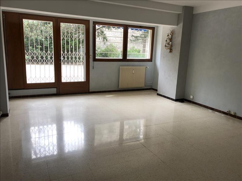 Rental apartment Nimes 898€ CC - Picture 4