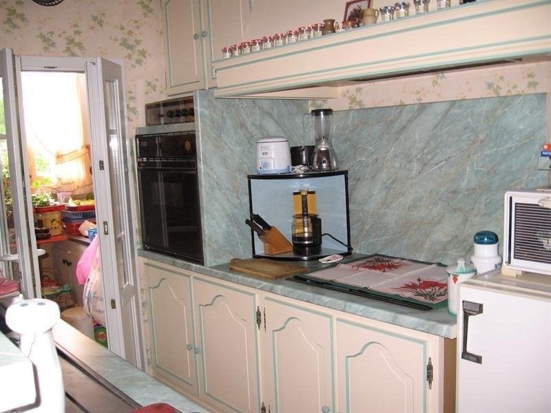 Sale house / villa Montguyon 144000€ - Picture 5