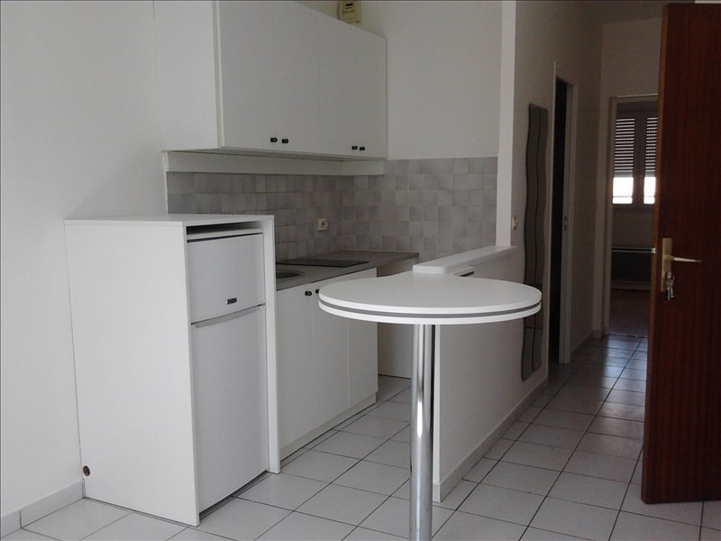 Rental apartment Athis mons 649€ CC - Picture 1
