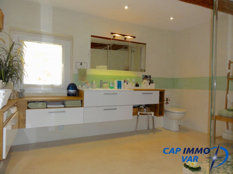 Vente maison / villa Le beausset 378 000€ - Photo 9