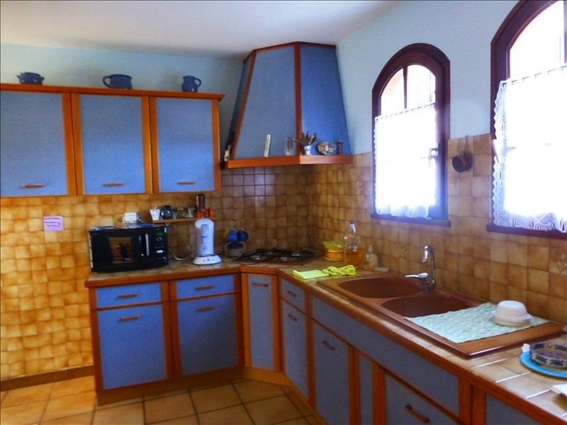 Sale house / villa Heugas 223400€ - Picture 5