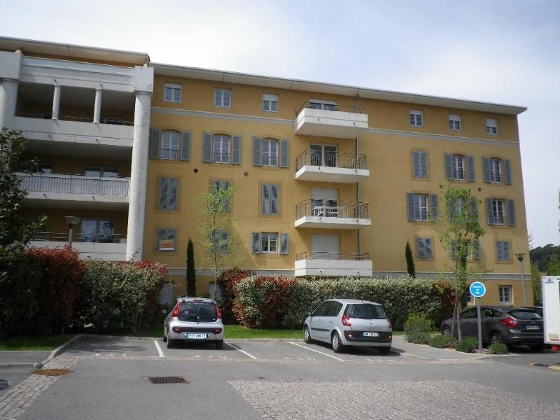 Location appartement Aix en provence 691€ CC - Photo 2
