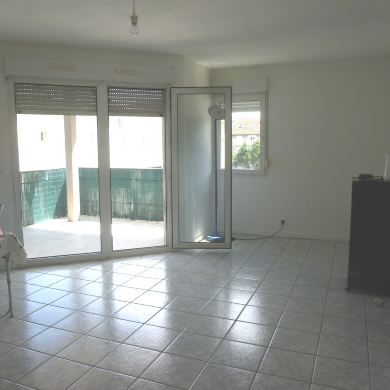 Sale apartment Saint-martin-d'hères 158 000€ - Picture 2