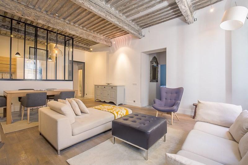Deluxe sale apartment Aix en provence 690000€ - Picture 2