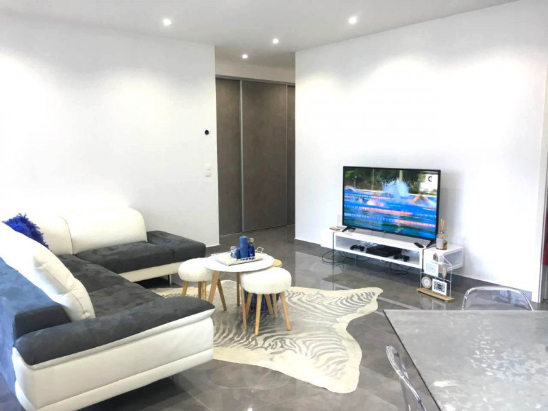 Sale apartment Bonneville 238 500€ - Picture 2