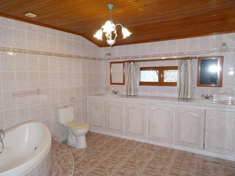 Sale house / villa Agen 89000€ - Picture 4