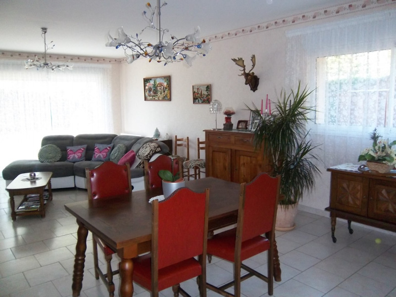 Sale house / villa La tremblade 237 000€ - Picture 4