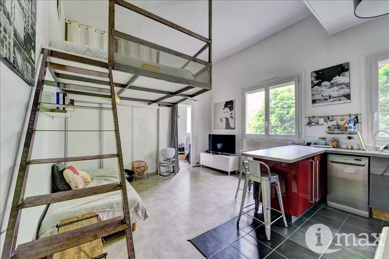 Sale apartment Courbevoie 298000€ - Picture 1