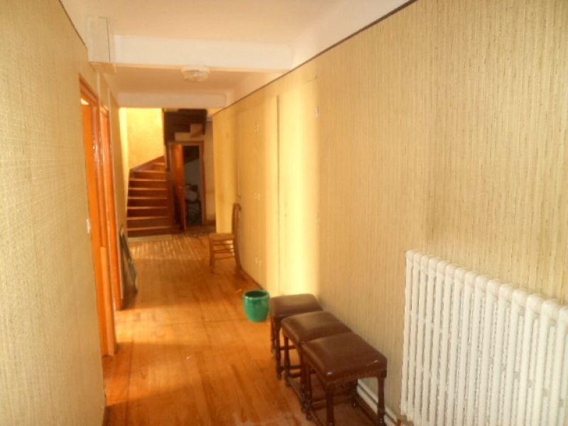 Sale building Lannilis 413400€ - Picture 1