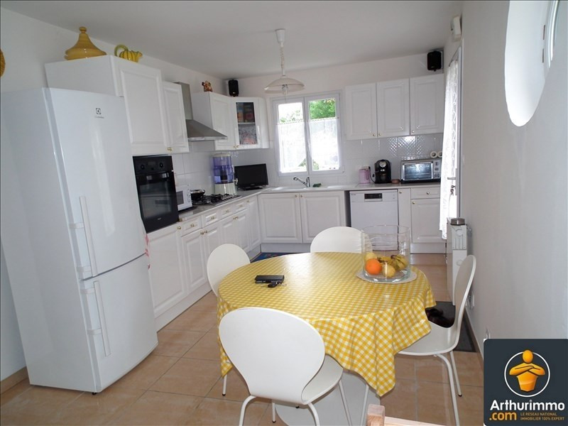 Sale house / villa Matha 168 800€ - Picture 4