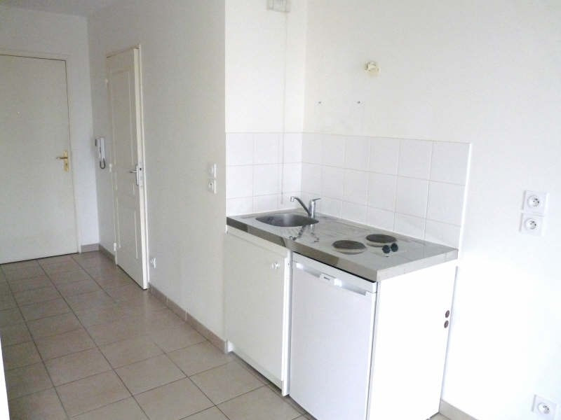 Location appartement Villeurbanne 523€ CC - Photo 2