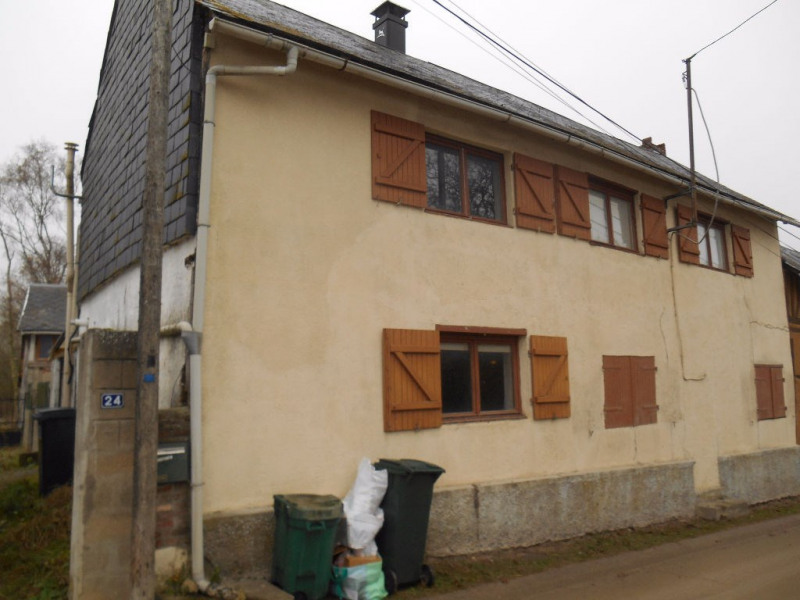 Vente maison / villa Crevecoeur 107 000€ - Photo 1