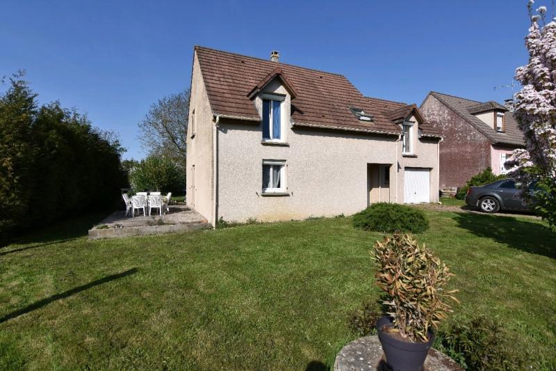 Sale house / villa Neuilly en thelle 275600€ - Picture 1