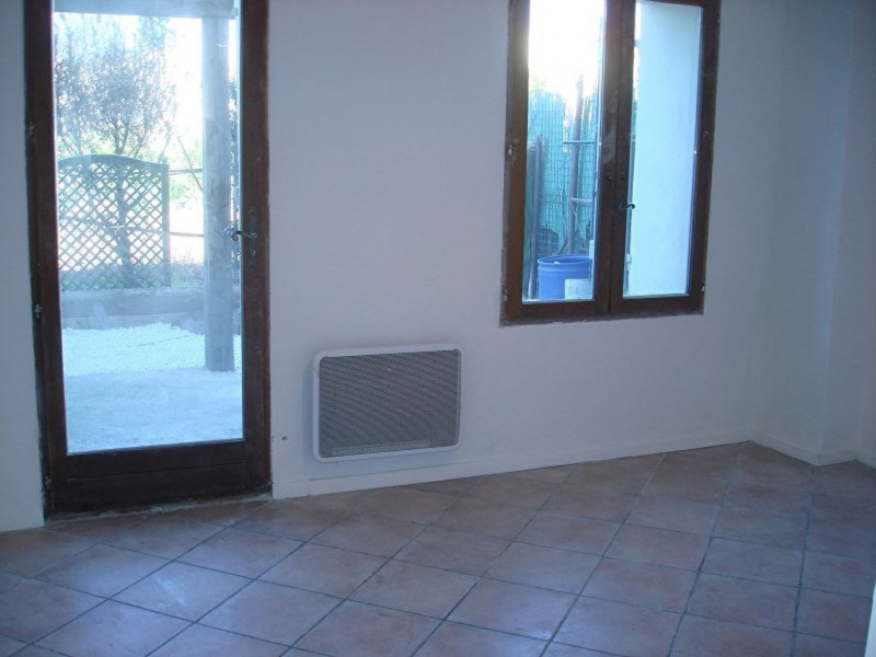 Location appartement La crau 580€ +CH - Photo 5