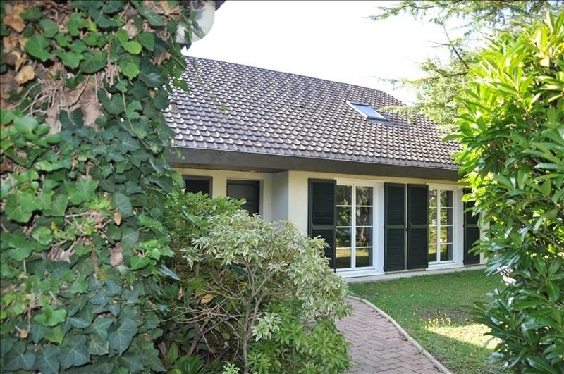 Sale house / villa St nom la breteche 760000€ - Picture 2