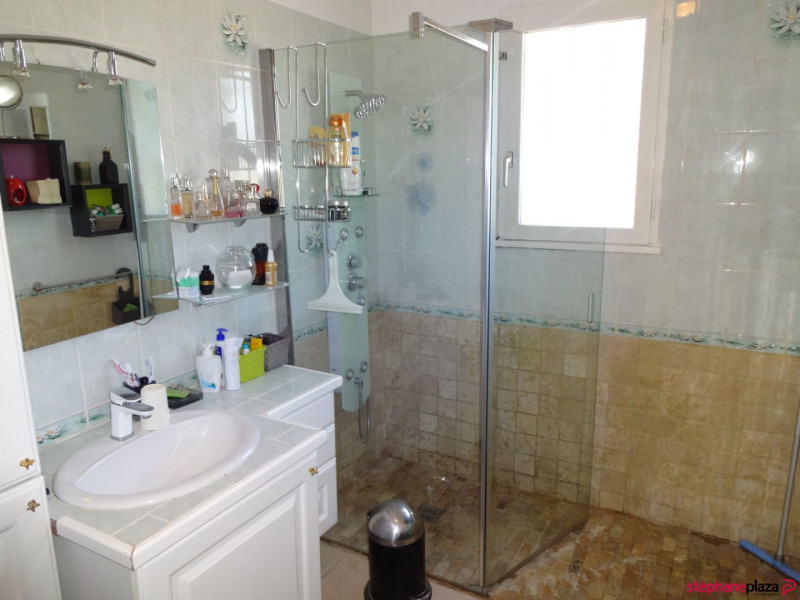 Sale house / villa Althen des paluds 355000€ - Picture 9