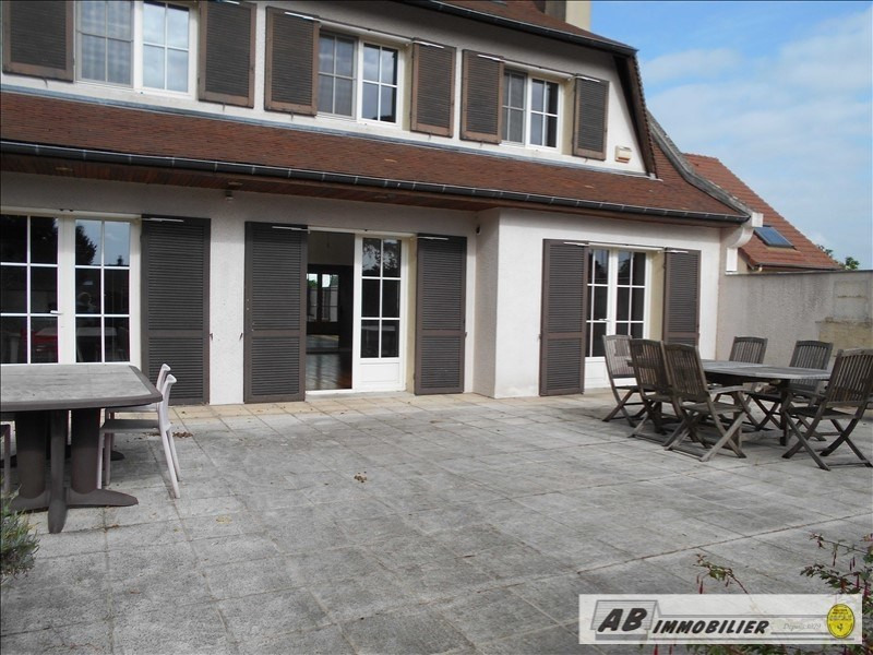 Location maison / villa Andresy 2 600€ CC - Photo 2