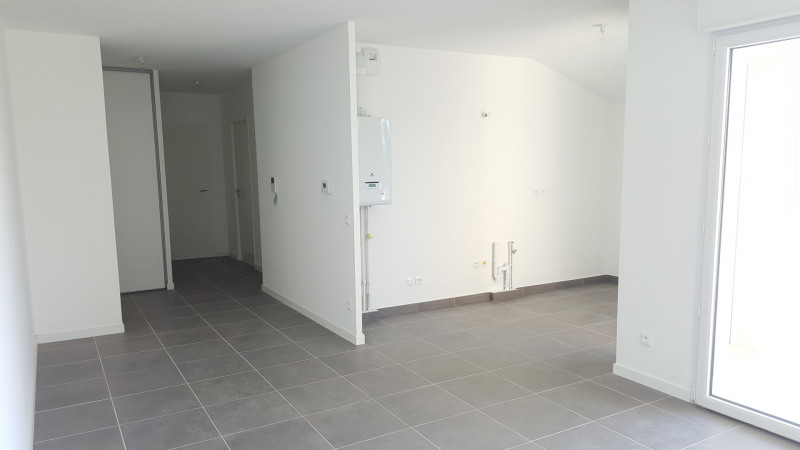 Location appartement Fréjus 915€ CC - Photo 3