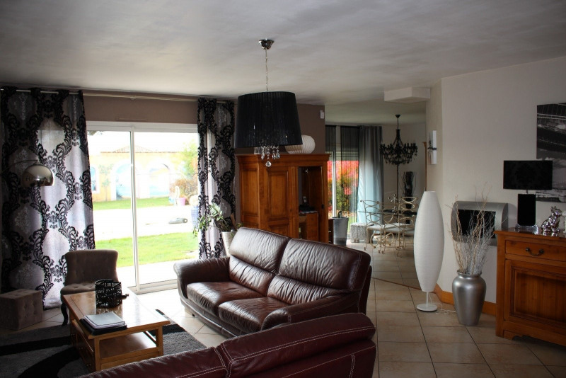 Sale house / villa Chateau d olonne 467 000€ - Picture 2
