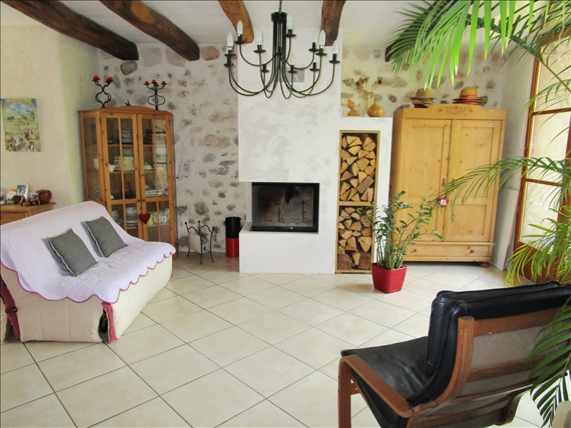 Deluxe sale house / villa Poisy 610 000€ - Picture 2