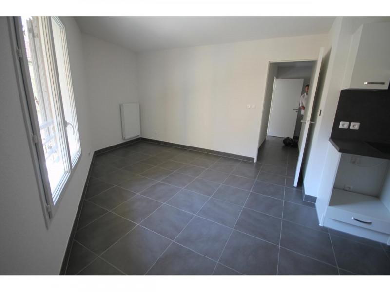 Rental apartment Nice 780€ CC - Picture 2