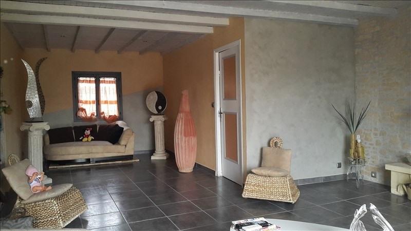 Sale house / villa Nimes 240000€ - Picture 2