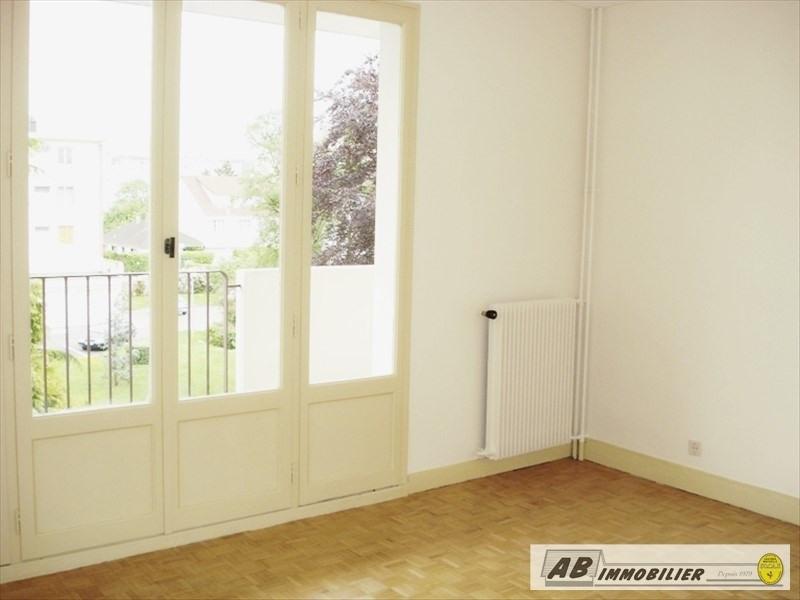 Rental apartment Les clayes sous bois 860€ CC - Picture 3
