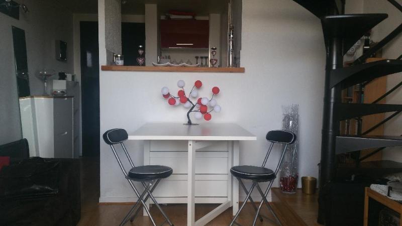 Sale apartment Bussy saint georges 110000€ - Picture 1