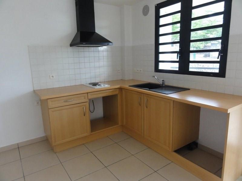 Location appartement La possession 510€ CC - Photo 1