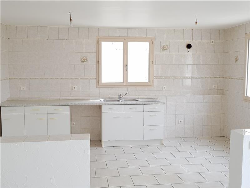 Location maison / villa Saint martin du fresne 850€ CC - Photo 3