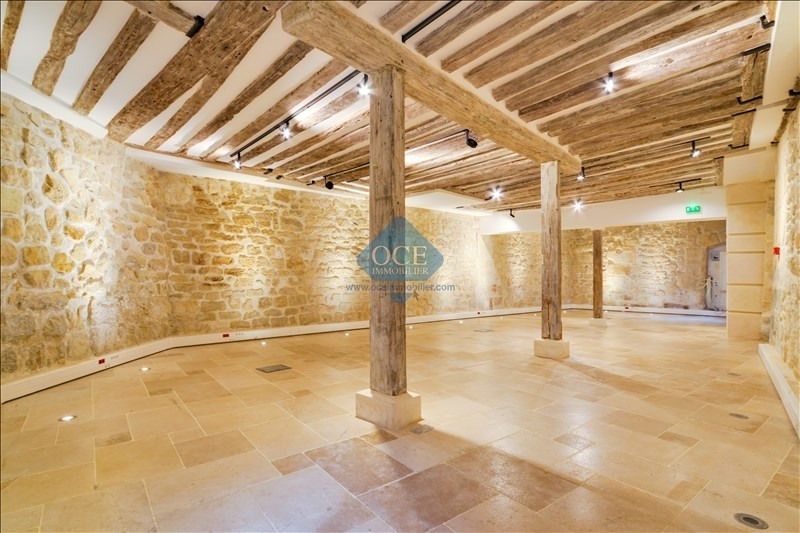 Vente de prestige local commercial Paris 3ème 890 000€ - Photo 3