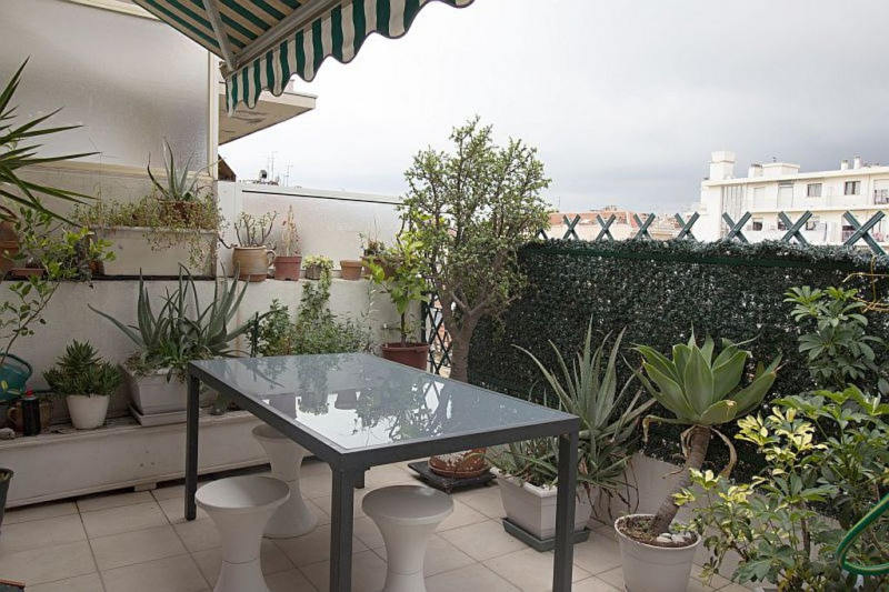 Sale apartment Nice 480000€ - Picture 1