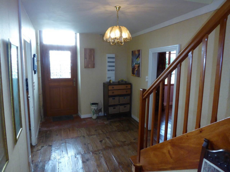 Sale house / villa Burie 245 575€ - Picture 12