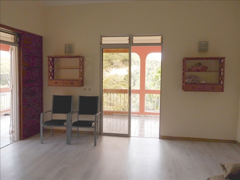 Rental house / villa Le gosier 670€ CC - Picture 4