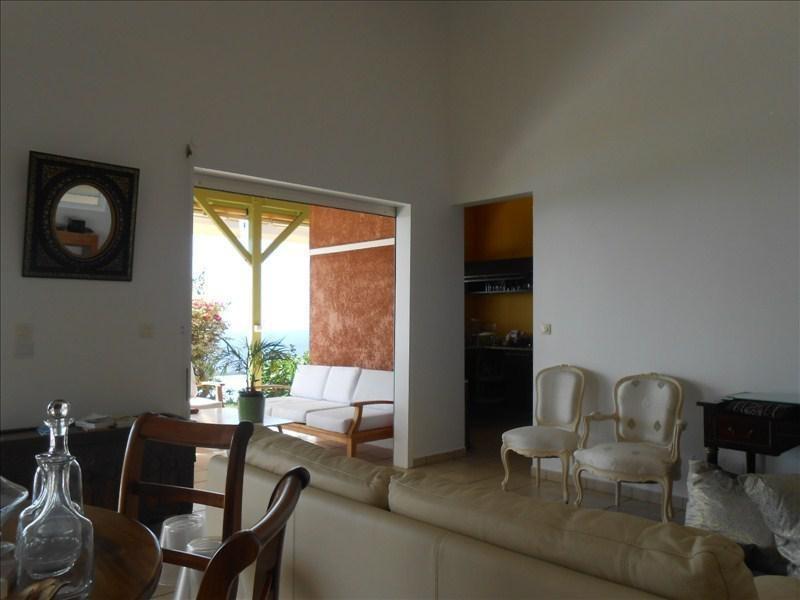 Deluxe sale house / villa Vieux habitants 680000€ - Picture 4