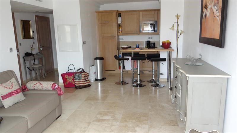 Location vacances appartement Cavalaire 900€ - Photo 5