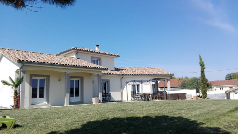 Sale house / villa Chonas-l'amballan 424000€ - Picture 1